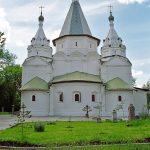 Церковь Троицы Живоначальной в Троицком-Голенищеве