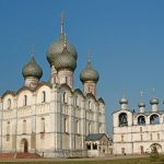 Поехать в Ростов Великий? Это очень просто!