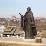 Боровские памятники и монументы